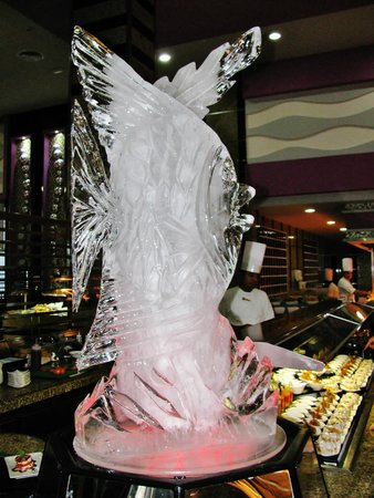 Hotel Riu Palace Mexico : Don Julian res. Ice sculpture