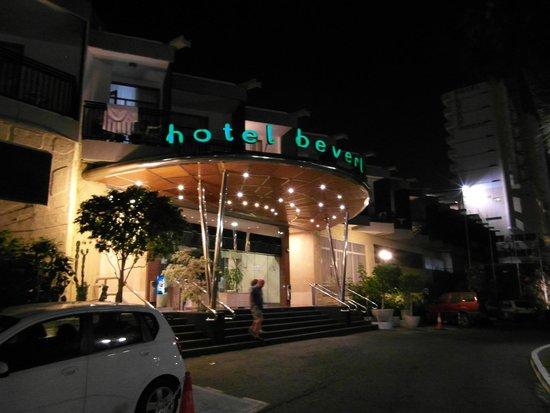 Beverly Park Hotel: Wejście
