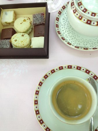 Hostellerie La Briqueterie : koffietje