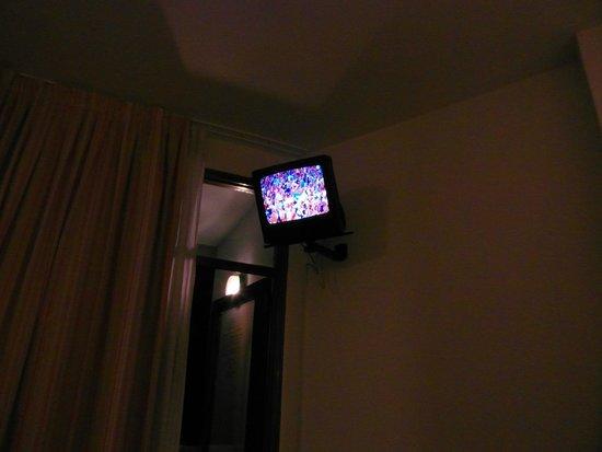Beverly Park Hotel : TV