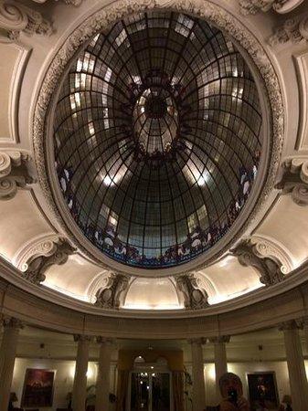 Hotel Carlton: l'antico sposail moderno