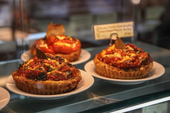 Bakeshop : goats cheese and tomato quiches