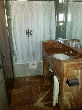 Catalonia Gran Via: Salle de bain