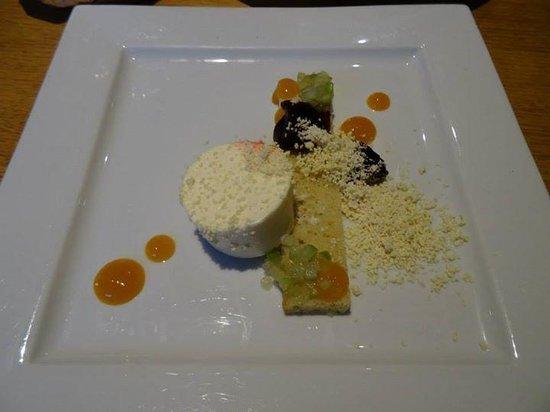 Stravaigin: Olive Oil Cake