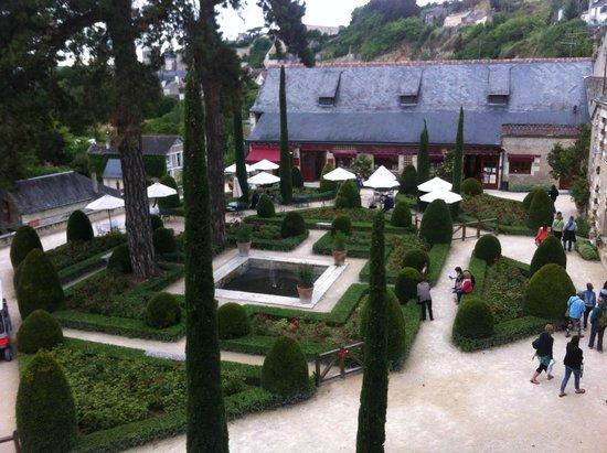 Le Chateau du Clos Luce - Parc Leonardo da Vinci: Jardin et boutique