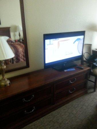 Branson Towers Hotel : TV