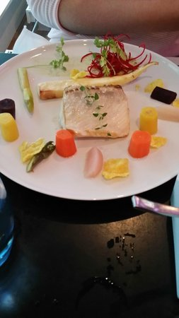 Quality Hotel Waterfront Alesund: Delicious halibut dinner