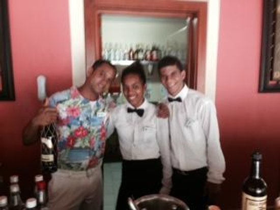 Luxury Bahia Principe Cayo Levantado Don Pablo Collection : pool Bar staff.