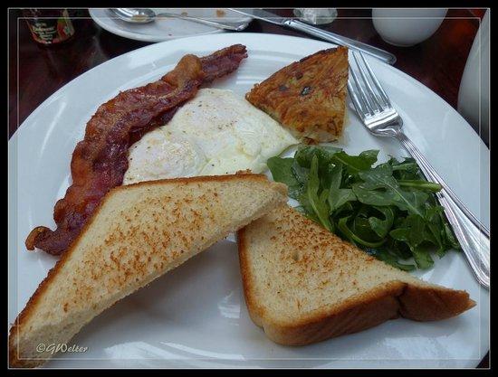 The Copper Beech Inn: Breakfast