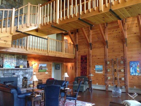 Point Au Roche Lodge : Stunning main area