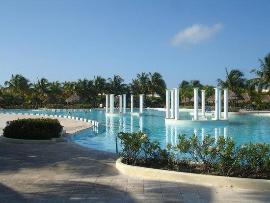Grand Palladium Riviera Resort & Spa: Piscina Riviera