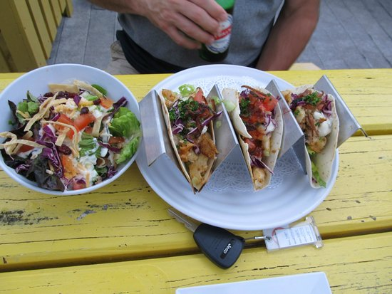 Eagle Ray's Bar & Grill: Lion Fish Tacos