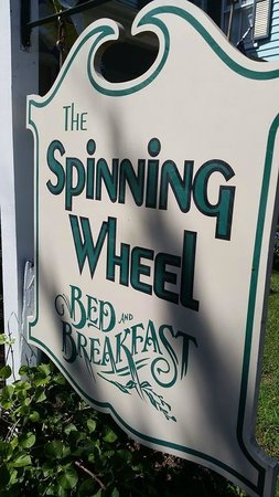 Spinning Wheel Bed and Breakfast: Welcome