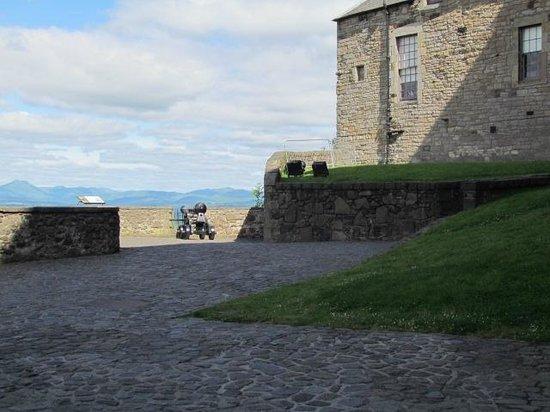 Stirling Castle: battlements 1