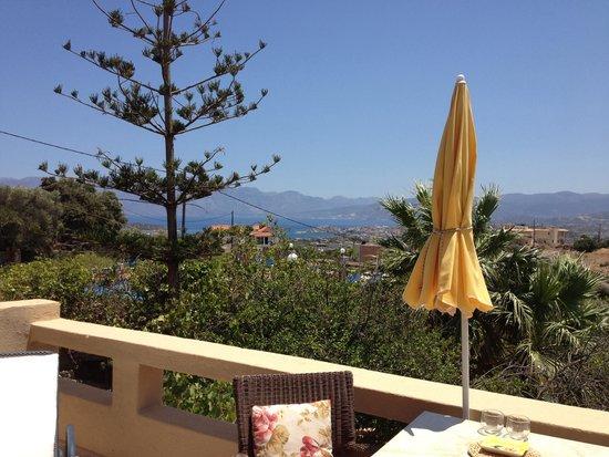 Villa Galini : Vista dal terrazzino