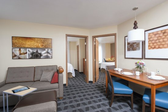 TownePlace Suites Indianapolis Park 100: Two bedroom suite