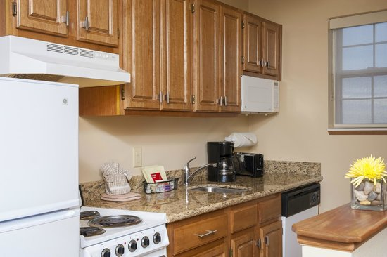 TownePlace Suites Indianapolis Park 100: Kitchen