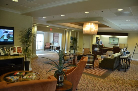 Homewood Suites by Hilton Olmsted Village (near Pinehurst): Hotel's guest resistration area.