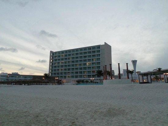 Krystal Cancun : vista al hotel