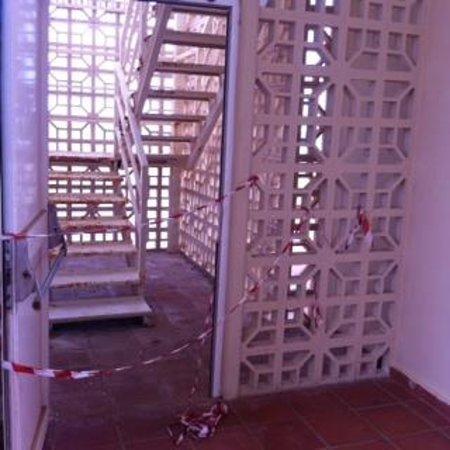 ClubHotel Riu Oliva Beach Resort: Rusty fire Escape