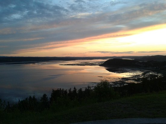 Auberge La Tourelle du Fjord: vue de l'auberge!