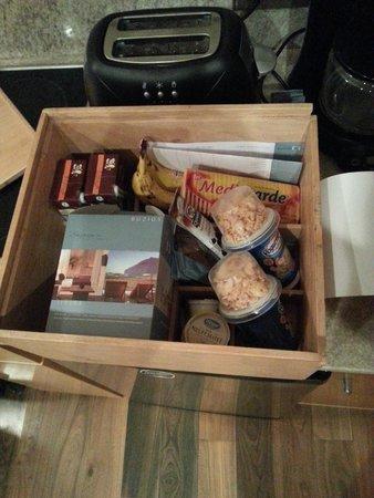 Rochester Hotel Bariloche: Caja del desayuno
