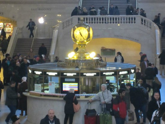 "Grand Central Terminal : Meet you ""at the clock"""