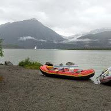 Best of Alaska Mendenhall Glacier Float Trip: Float Trip