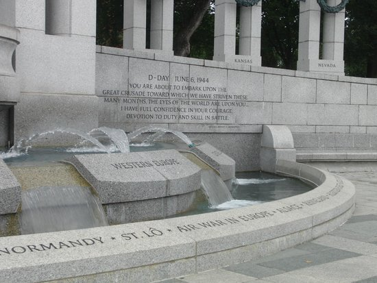 National World War II Memorial: Memorial