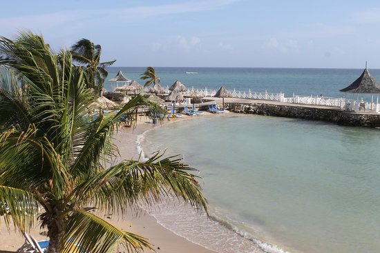 Royal Decameron Club Caribbean : View from Nyamings restaurant.