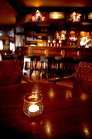 Cliff House Hotel: Bernie's bar