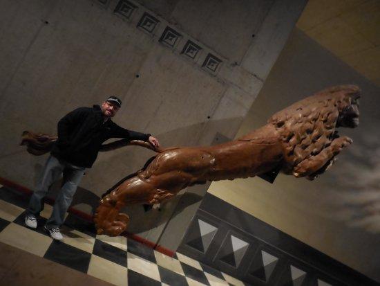 Vasa-Museum: statue at museum