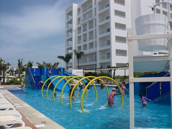 Vista desde la habitaci n fotograf a de hotel riu playa for Habitacion familiar riu playa blanca