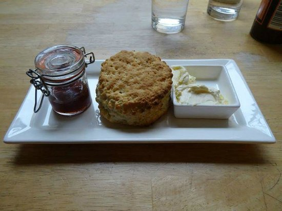 Edinburgh Larder Cafe: Perfect scone arrives with fresh jam and clotted cream