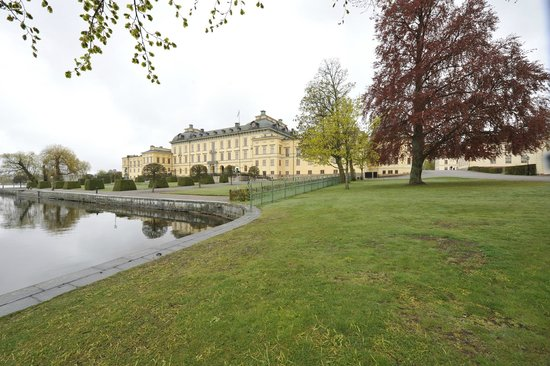 Visitors to Drottningholm Palace arrived by boat
