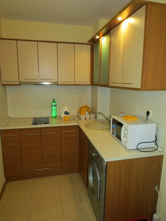 Relax Holiday Complex: kitchenette