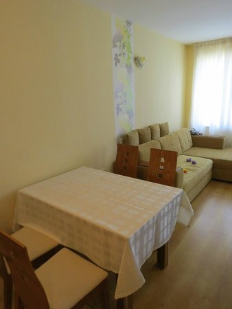 Relax Holiday Complex: room