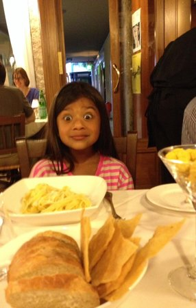 Vecio Fritolin : That's my 7 year old after tasting her amazing spaghetti