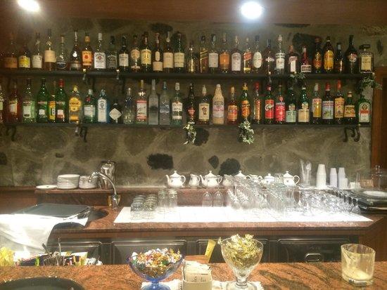Hotel Porto Roca : Bar