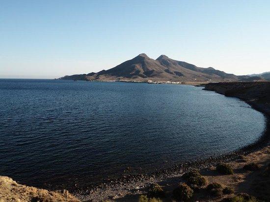 Santuario San Jose: Vista de Los Escullos desde la Isleta del Moro