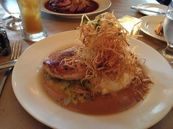 The Restaurant at Burdick's : Pan-roasted chicken with whipped and straw potatoes and leeks au jus
