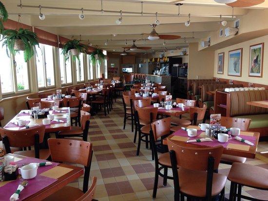 Reges Cafe: Dining room