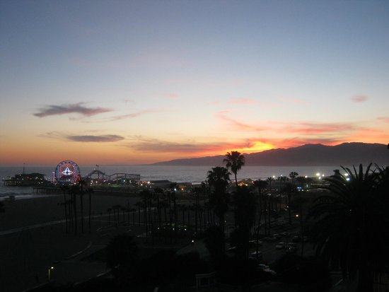 Loews Santa Monica Beach Hotel: View from Room