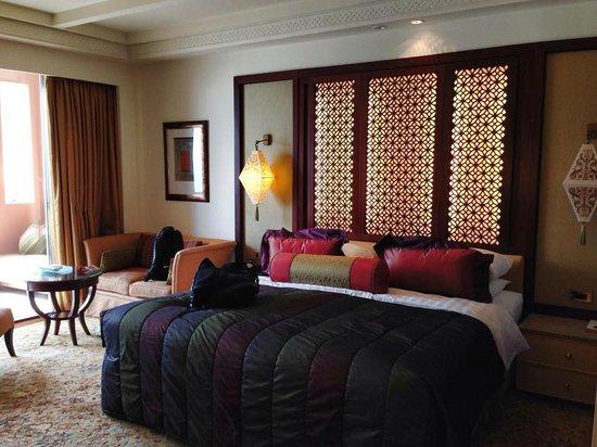 Shangri-La Al Husn Resort & Spa: Room