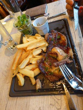 L'Embarcadere: Entrecote con fois gras e salsa ai funghi