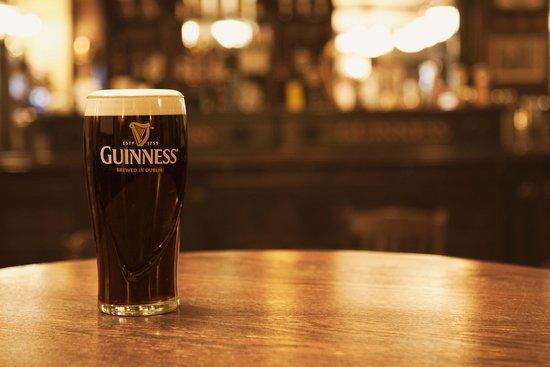 Dubh Linn Gate Irish Pub: Fancy a pint of the black stuff?