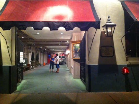 Prince Conti Hotel: Loved the entrance