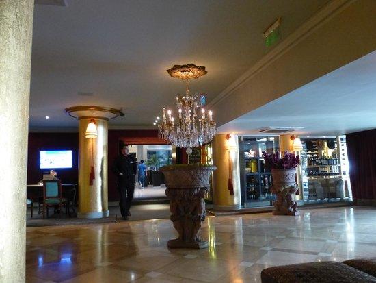 Huentala Hotel: El lobby del Hotel