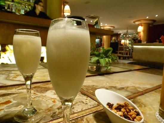 Huentala Hotel: Happy Hour en el lobby