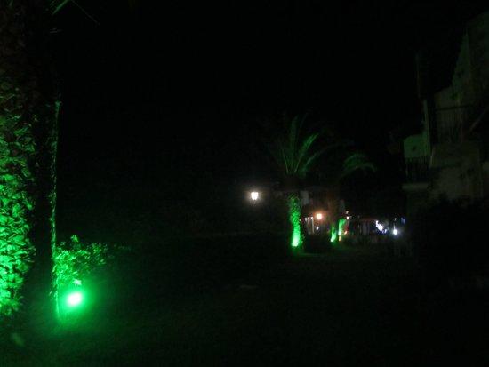 Ledra Maleme: Hotel grounds